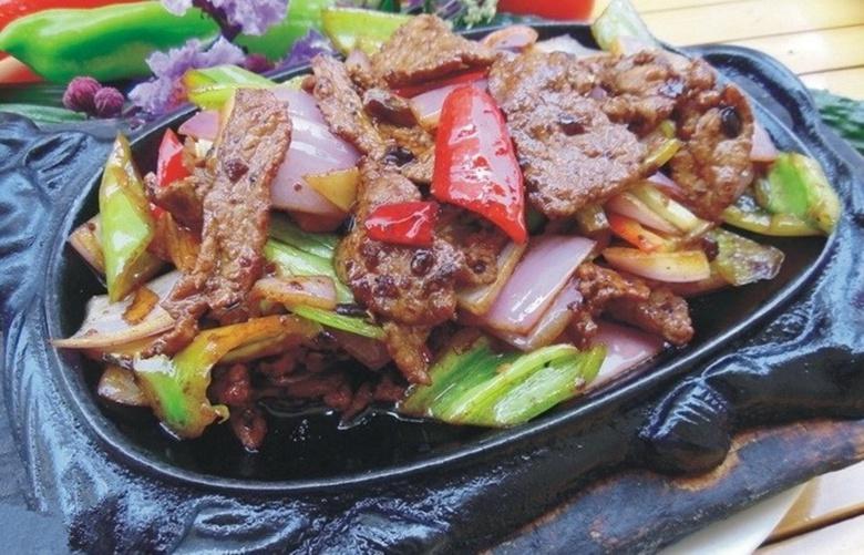 铁板姜葱牛肉.jpg