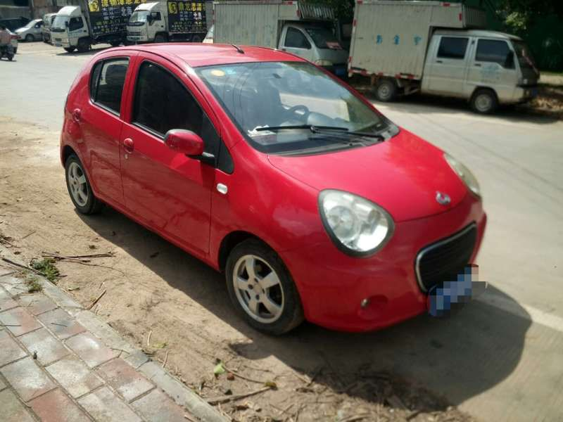 82830熊猫轿车.1jpg.jpg