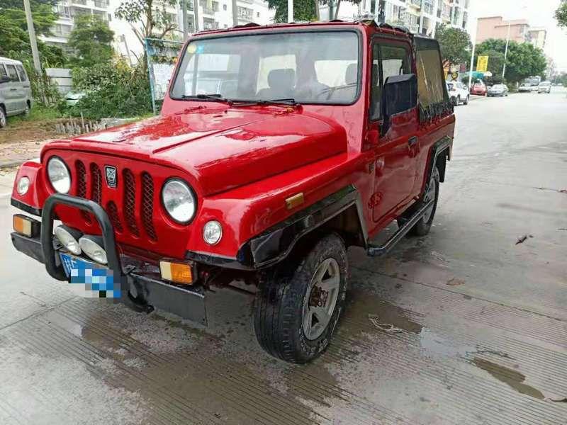 969红色越野车.8jpg.jpg